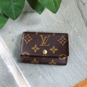 Louis Vuitton 6 Key Pouch Cles Monogram Wallet